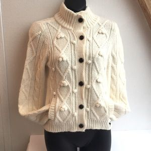 Abercrombie & Fitch button white cardigan